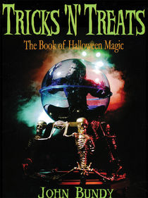 Tricks 'N' Treats Book of Halloween Magic